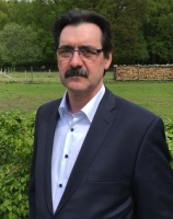 Dr. Edmund Vankann